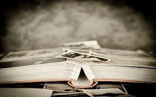 Libro di storia vecchio