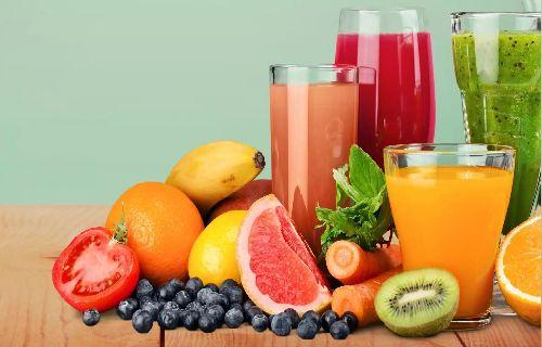 Jus diet adalah bagian penting dari kehidupan yang sehat. Sementara pada awal 70-an dan '80-an diet jus dianggap sebagai bagian integral dari neuropati,