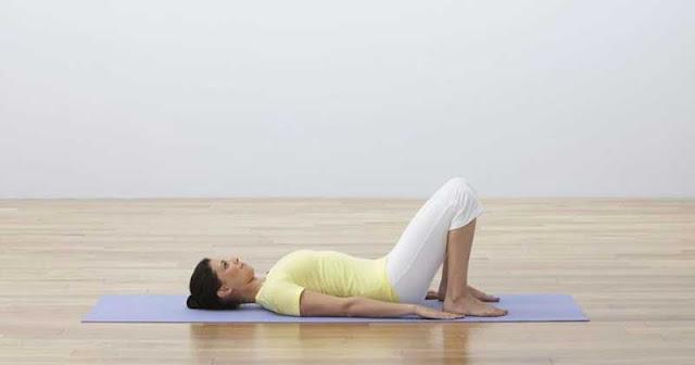 postura basica de yoga