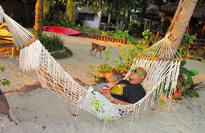 hammock-in-the-beach