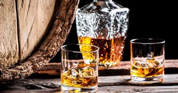 84ac30e4b71 GASTROZÁVISLÁK  Příběh whisky