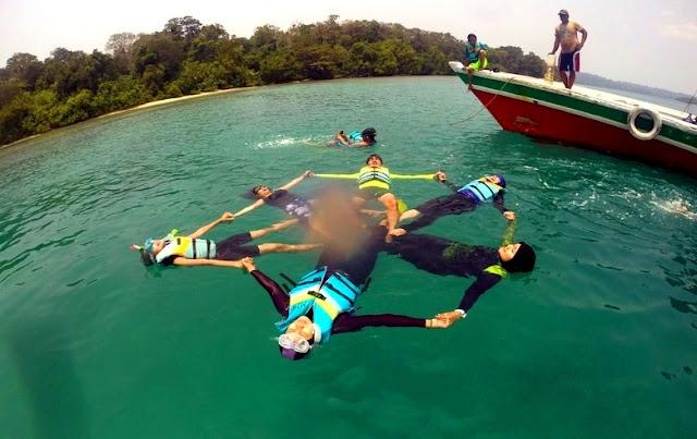 Tempat Wisata Ujung Kulon Pulau Peucang