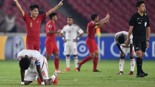 Pelatih Qatar 'Gak Kaget Timnya Tumbang dari Indonesia
