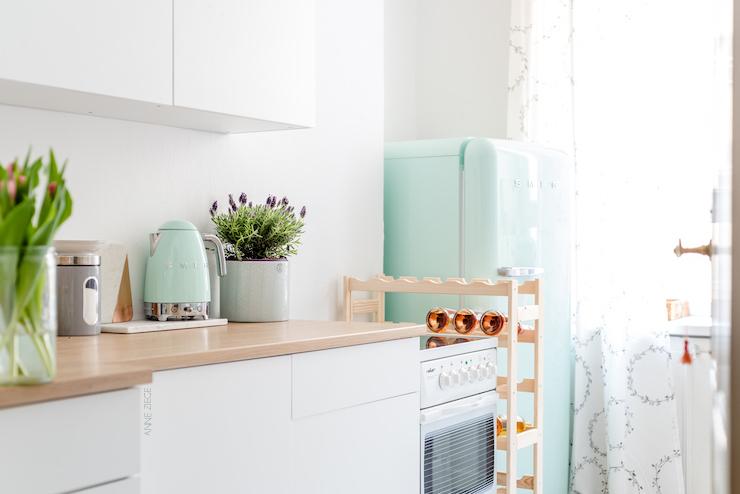ch vre culinaire home sweet home kleines k chen makeover f nf tipps f r kleine k chen mit. Black Bedroom Furniture Sets. Home Design Ideas