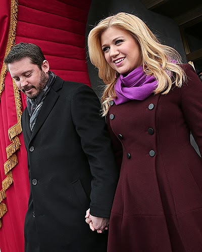 Kelly Clarkson with her husband Brandon Blackstock