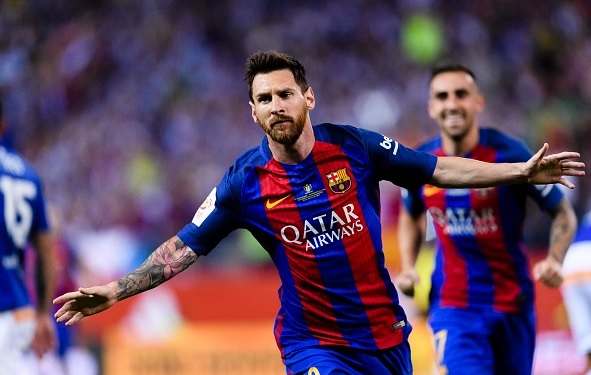Lionel Messi pens new Barcelona deal