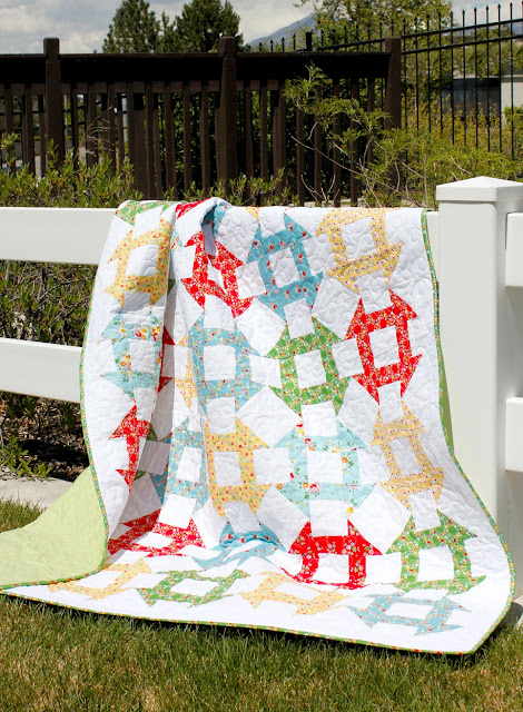 Churn Dash free quilt pattern from Andy of A Bright Corner - fat quarter friendly!