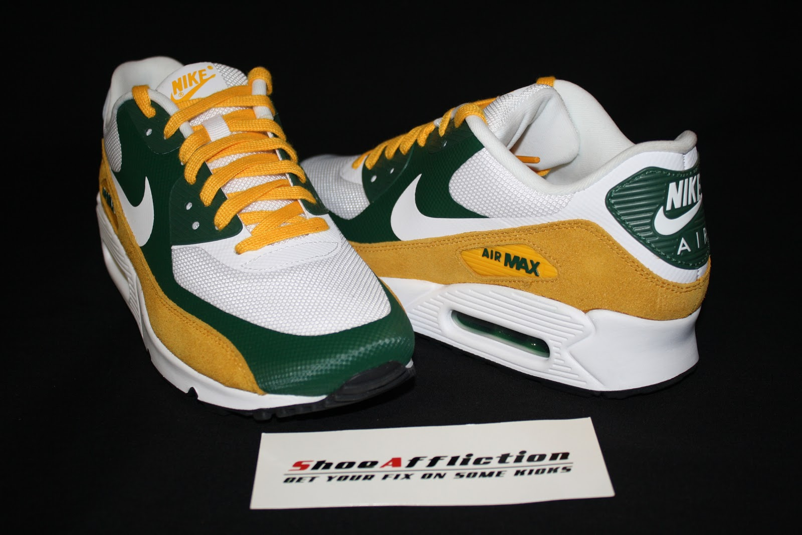 a6f992bbdc The next sneaker from the Nike NFL Draft Day pack is the Greenbay Packers  Air Max 90 Premium Hyperfuse. The sneaker features the traditional Greenbay  Packer ...