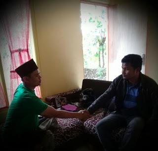 Ketua Rijalul Ansor KBB Bimbing Seorang Warga Masuk Islam
