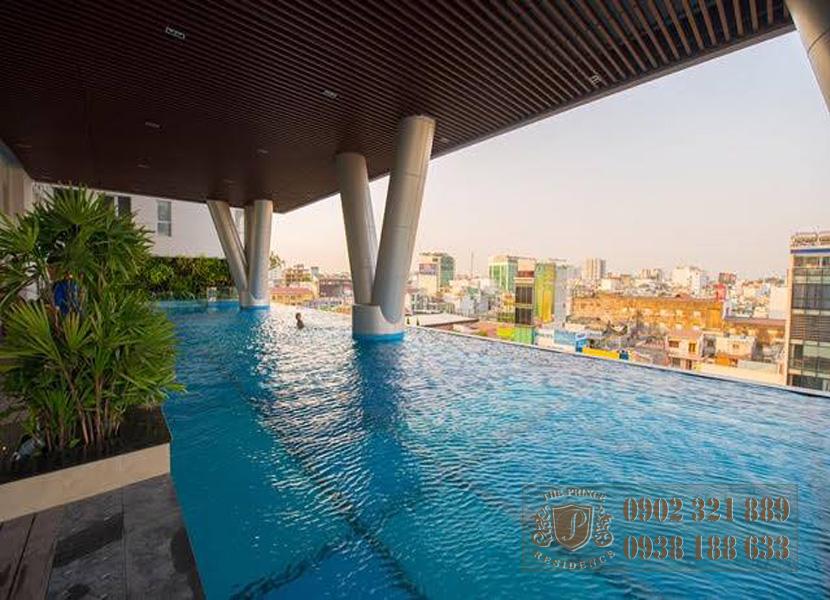 The Prince Residence - hồ bơi