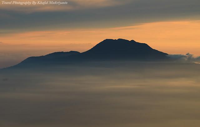11 Tips Fotografi Saat Mendaki Gunung