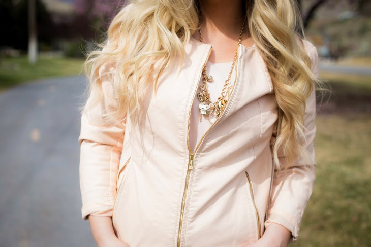 Peachy Tones Accessory shot