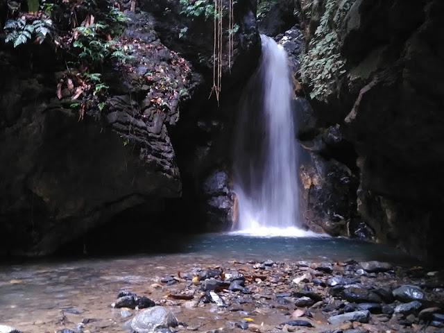 Wisata Air Terjun Talago Batu di Negeri Para Penambang
