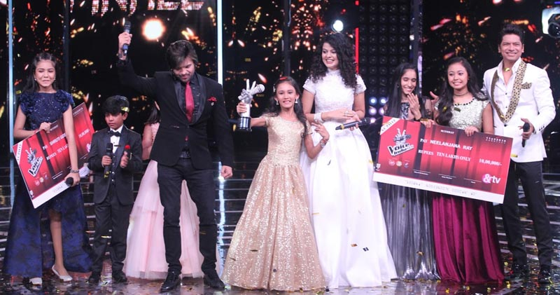 The Voice India Kids Season 2 winner Manashi with Coaches and contestants