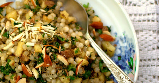 101 gluten free breakfasts : sabudana khichdi or a pilaf made with sago pearls : fasting recipe