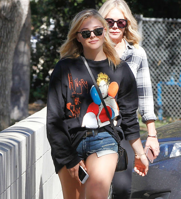 Chloe Moretz – Leaving a dental office in Sherman Oaks