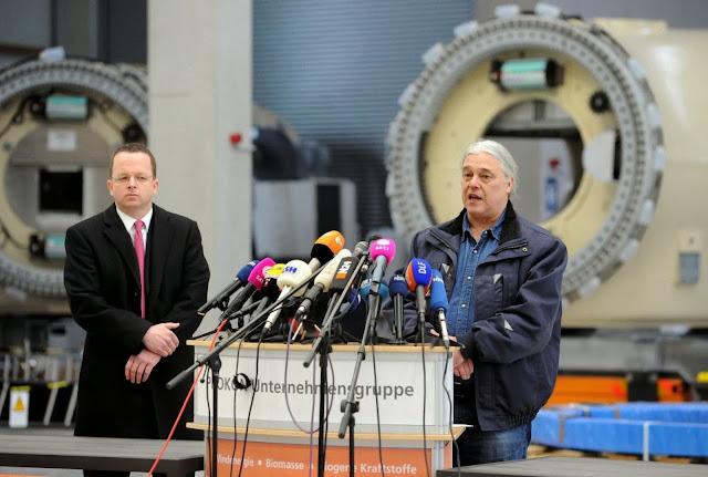 Janeiro 2014: Carsten Rodbertus, fundador da empresa de energia renovável Prokon, declara-a inademplente