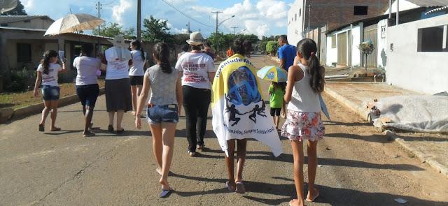 Jovens e adolescentes participam de Semana Missionária