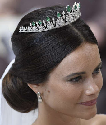 palmette tiara emerald diamond princess sofia sweden