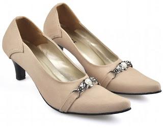 Sepatu Kerja  Wanita IRC 010