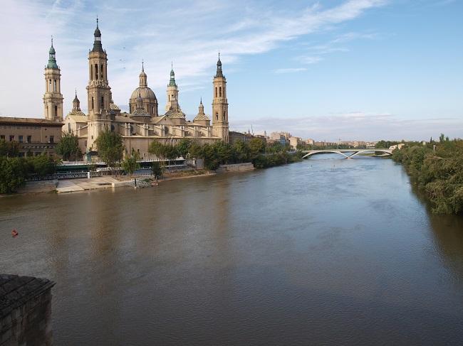 Basílica del Pilar en Zaragoza - Fuente: Wikimedia Commons