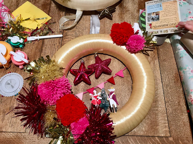 Kitsch Christmas Wreath DIY How To Make