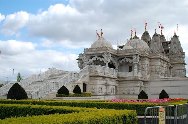 BAPS Shri Swaminarayan Temple, United Kingdom