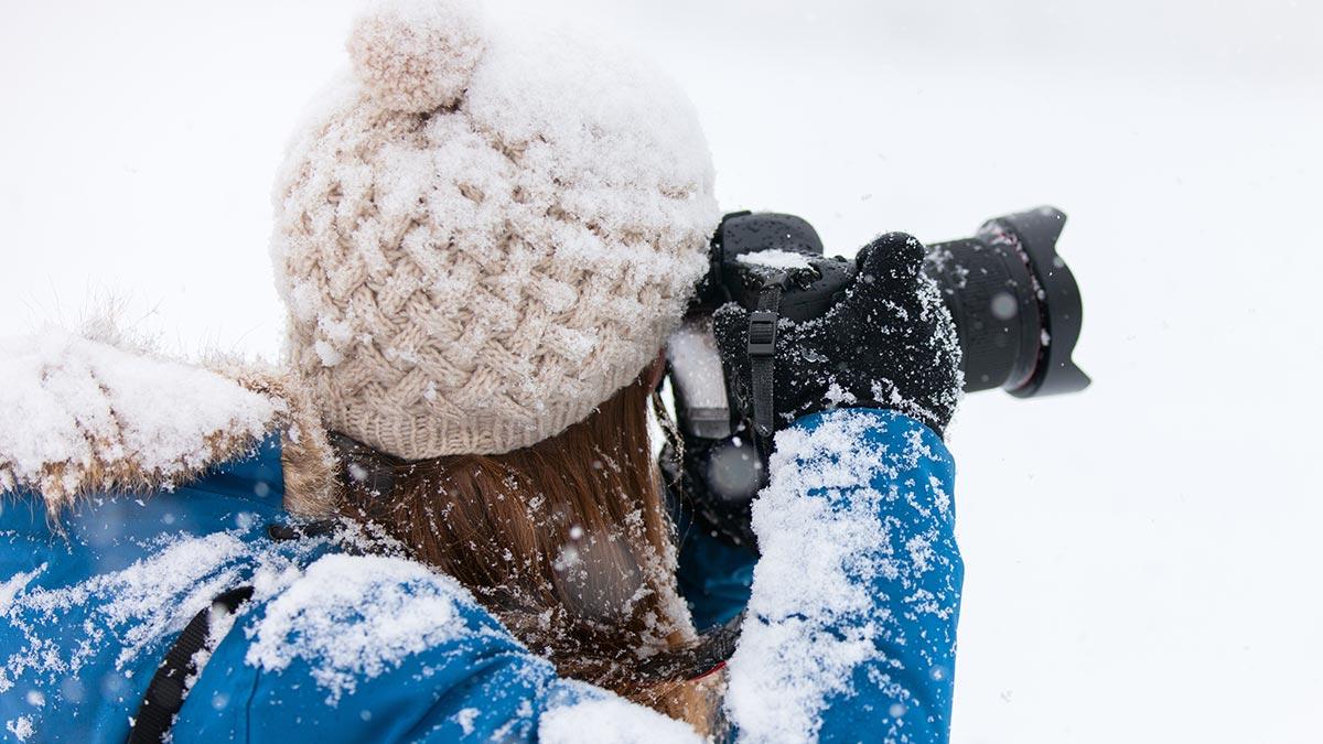 Menggunakan Kamera di Salju