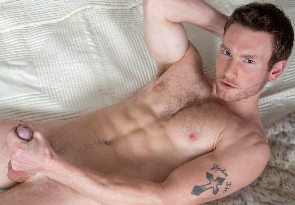 Reba mcentire fully nude