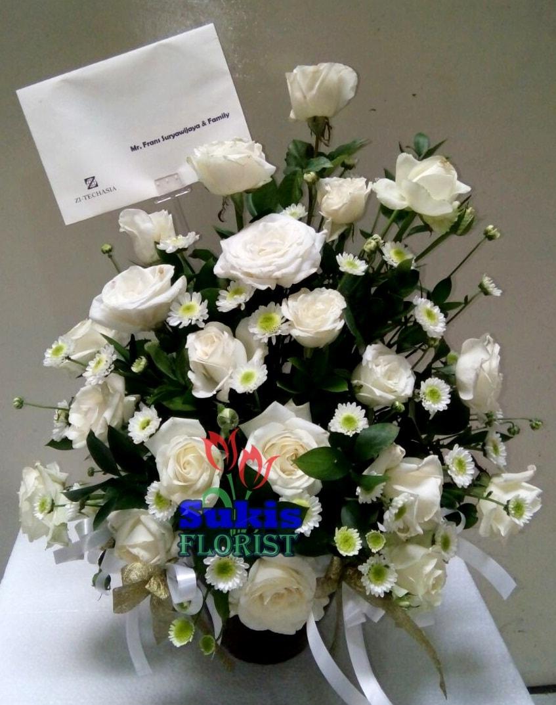 rangkaian-bunga-mawar-putih-sidoarjo