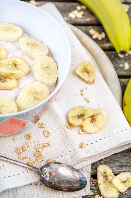 Bananen-Zimt-Quark mit Dinkelflocken