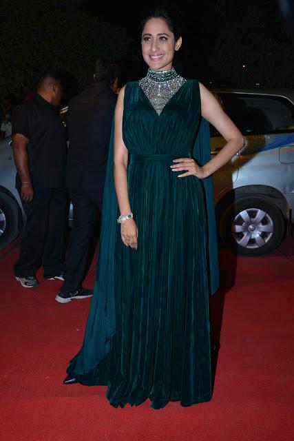 Pragya Jaiswal Pics at Gemini TV Puraskaralu 2016