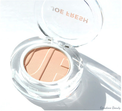 Joe Fresh Beauty Honeybell eyeshadow