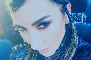 Hande Yener Bakıcaz Şarkı Sözleri