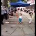 Niño chino Saiyajin Defiende a abuelita de Policías y ¡Vaya Manera!