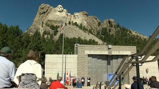 75 χρόνια από την ολοκλήρωση του Εθνικού Μνημείου του Όρους Ράσμορ.