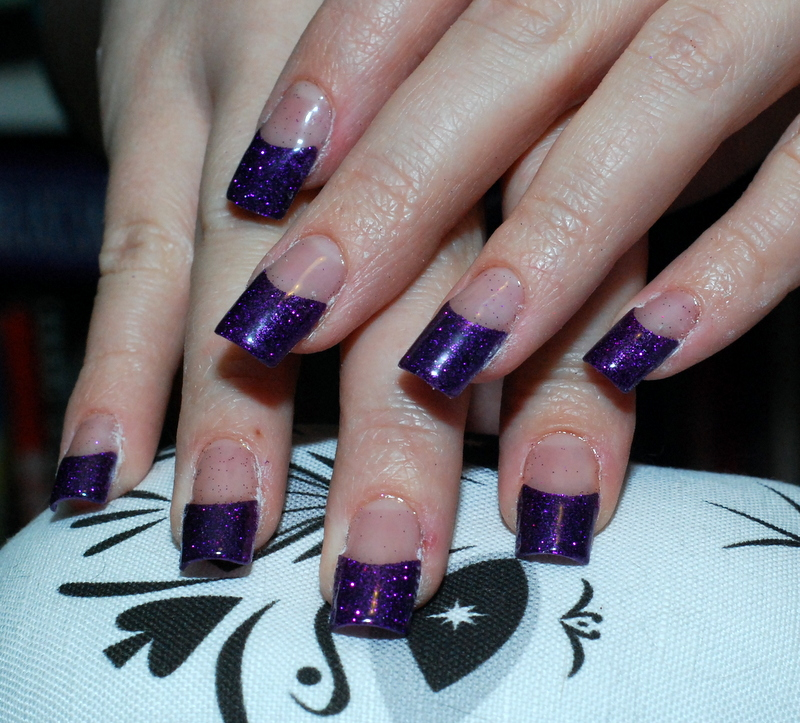 Bones And Lilies: How to do UV-gel Nails with Tips