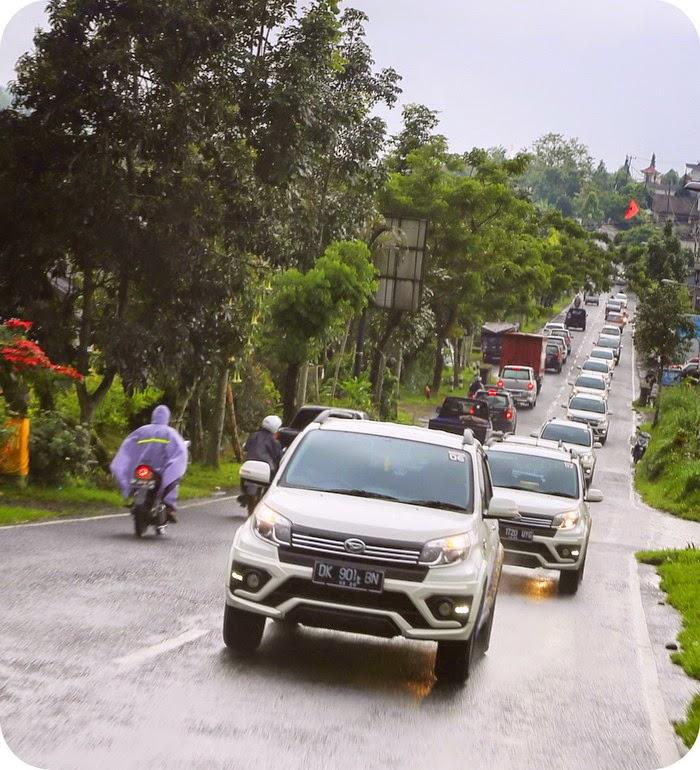 New Terios Menyusuri Bali
