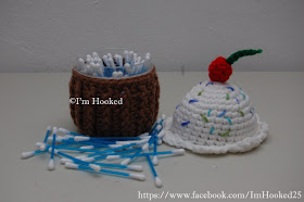 Free Crochet Pattern: Cupcake Container