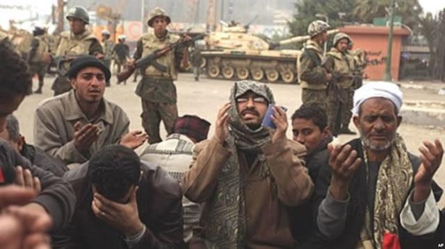 6 Potret Mengharukan dan Menegangkan Ibadah Puasa di Timur Tengah