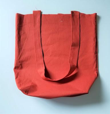 Simple DIY Reversible Book Bag Pattern