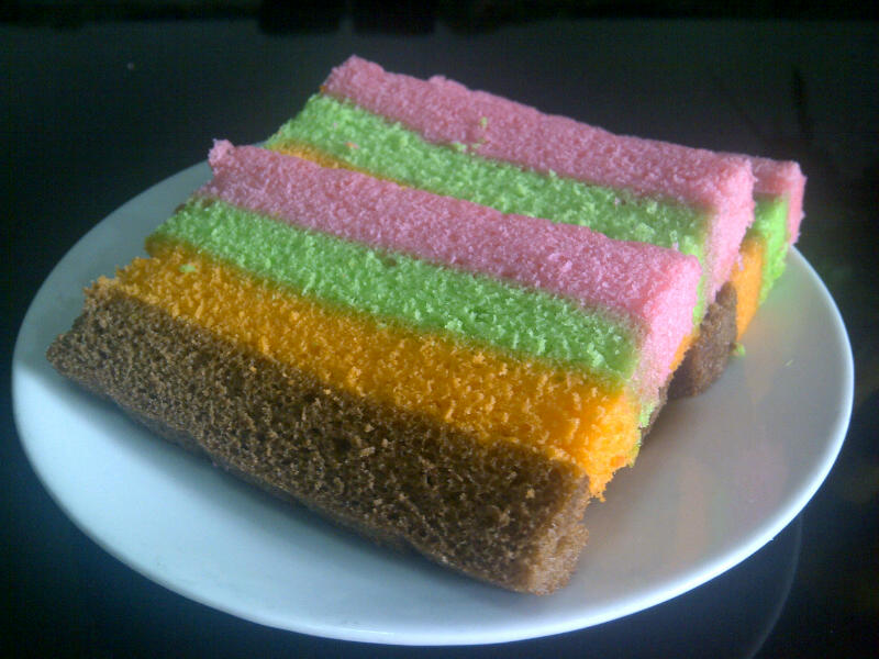 Resep Rainbow Cake Ncc Fatmah Bahalwan: FM Cake: Bolu Kukus Mambo