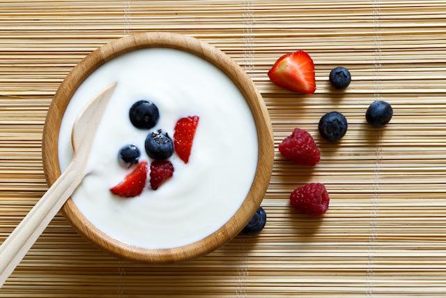 greek-yogurt-tinggi-protein-dan-rendah-karbohidrat