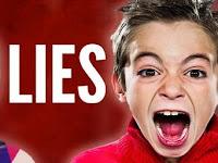 Waktu Kecil Kalian Sering Mendengar 5 Kata ini dari Orang Tua Kalian, dan ternyata semua Itu Bohong