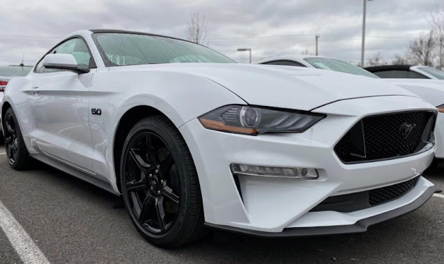 2020-Ford-Mustang-GT
