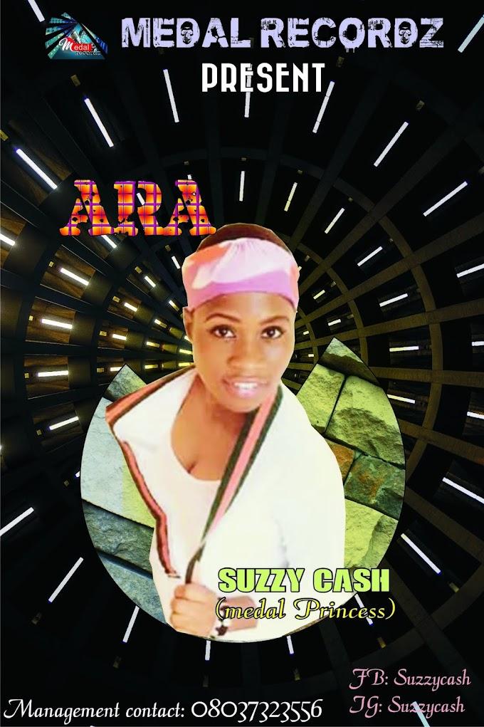 Suzzy cash:- Ara mp3