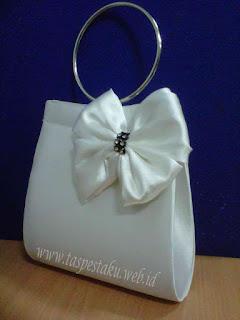 Tas Pesta Handmade Putih