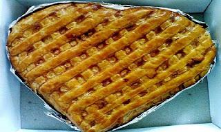 Pia Apple Pie Khas Bogor