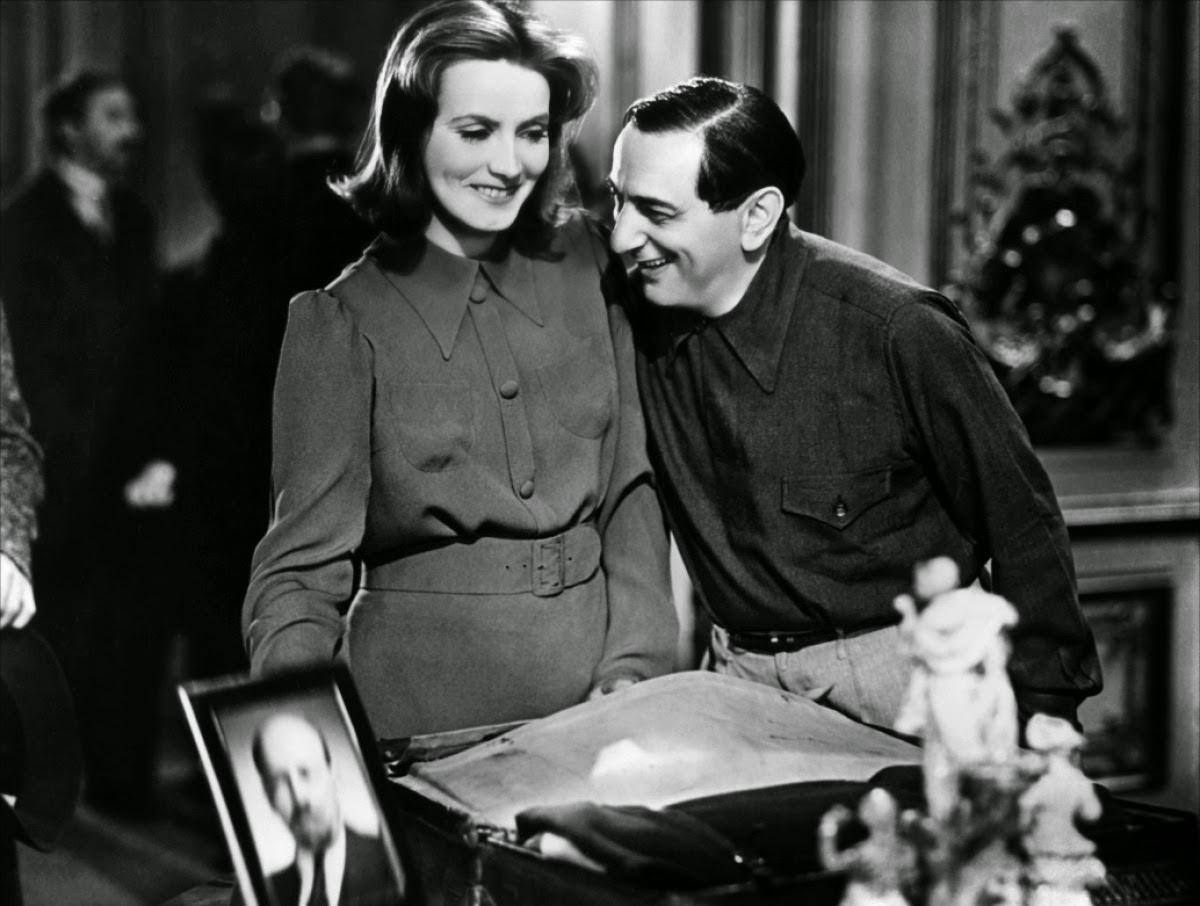 Ninotchka Glow at work on  Ninotchka