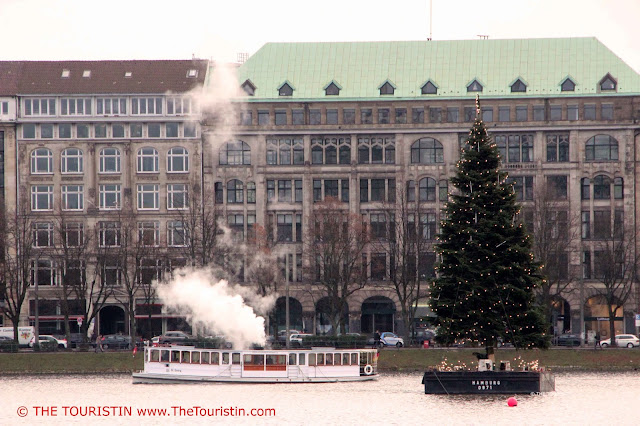 Christmas Market Jungfernstieg Hamburg Germany ponton